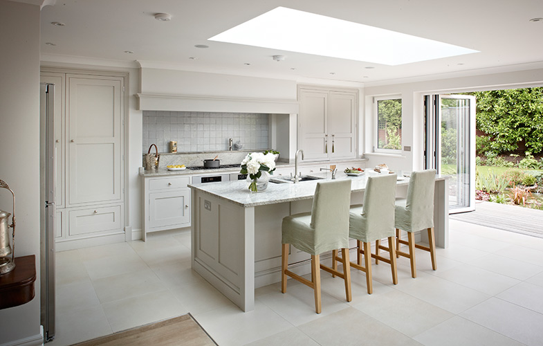 Surrey country kitchen bespoke fitted kitchens from brayer for Bespoke kitchen design