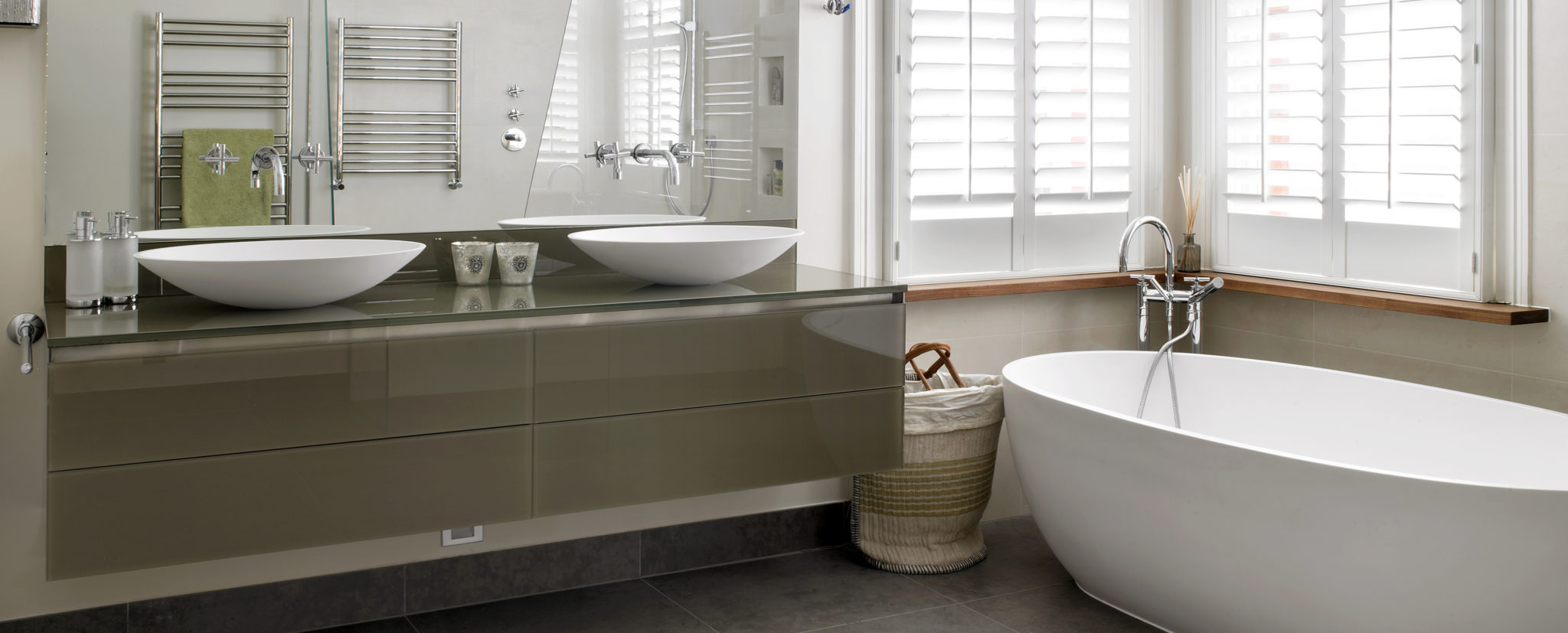 Bespoke modern floating double vanity unit - bespoke fitted bathroom furniture by Brayer